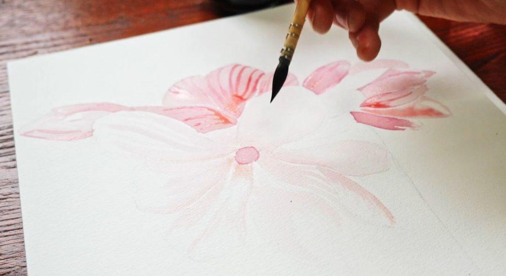magnolia-encre-diluee-pétale-blanc-fleur-ouverte-2